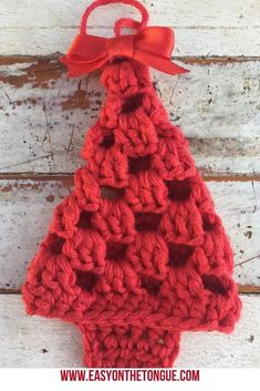 Free Crochet Pattern for an Adorable Granny Christmas Tree : With the Free Crochet Pattern for a Granny Christmas Tree, you can crochet gifts, gifts tags and decorations as easy and inexpensive handmade items. Crochet Christmas Decorations, Christmas Tree Pattern, Crochet Christmas Ornaments, Christmas Crochet Patterns, Holiday Crochet, Christmas Knitting, Crochet Gifts, Easy Crochet, Free Crochet