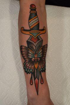 american traditional tattoo black and grey Forearm Tattoos, Finger Tattoos, Trendy Tattoos, Black Tattoos, Traditional Tattoo Black And Grey, Traditional Tattoos, Tatuaje Old School, Moth Tattoo, Mermaid Tattoos