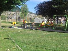 Galería de fotos » Excursiones - Puebla de Lillo (2)   GMR summercamps