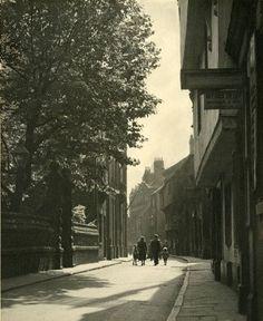 High street Wilberforce house on left