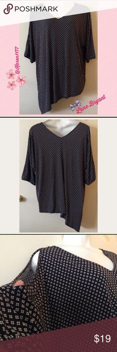 Just In✨Lane Bryant Cold shoulder Top/Tunic Lane Bryant assymetrical hem top/tunic, V neckline. One of the sleeves it's open, the other one is not. No signs of wear. Polyester & spandex comfortable, stretchy material. ‼️ Bundle and save on shipping‼️ Size 22/24 Lane Bryant Tops Blouses