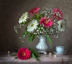 Gerbera, Still Life, Glass Vase, Plants, Home Decor, Full Bath, Decoration Home, Room Decor, Plant