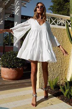 Boho fashion 263249540705570527 - Shine On Dress White Source by Cute Dresses, Casual Dresses, Fashion Dresses, Mini Dresses, Modest Fashion, Summer Outfits, Cute Outfits, White Summer Dresses, White Flowy Dress