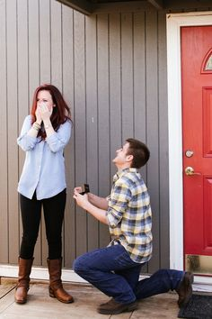 He turned a promotional photo shoot event into an adorable proposal!