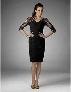 Sheath/Column Plus Sizes / Petite Mother of the Bride Dress - Black Knee-length Half Sleeve Chiffon / Lace