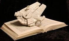 Book Sculptures: Stories Come Alive Right Before Your Eyes - Smashcave
