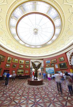 Wandering around Birmingham Museum & Art Gallery. Birmingham Museum Of Art, Birmingham City Centre, Visit Uk, Museum Art Gallery, Birmingham England, Walsall, Picture Postcards, Interesting Buildings, Tower Of London