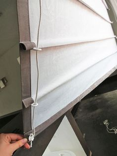 to sew roman blinds and take accurate measurements. How to sew roman blinds and take accurate measurements.How to sew roman blinds and take accurate measurements. How to sew roman blinds and take accurate measurements. Diy Blinds, Shades Blinds, Diy Roman Blinds, Blinds Ideas, Diy Window Shades, Patio Blinds, Homemade Roman Blinds, Diy Roller Blinds, Kitchen Roman Blinds