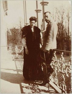 Tsar Nicholas ll of Russia with Empress Alexandra Feodorovna of Russia on the balcony of the Alexander Palace in 1908.A♥W