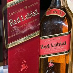 Love my Johnnie Worker Red Labial. Whisky, Getting Fired, Brand Names, Laughter, Funny Pictures, Make It Yourself, Bottle, How To Make, Tattoos