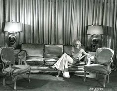 At home with Jean Harlow, 1931.
