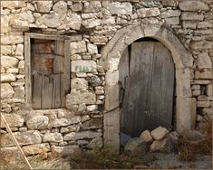 Old Doors, Windows And Doors, Arch Gate, Nativity Stable, Gates And Railings, Chateau Medieval, Easter Pictures, Building Art, Christmas Villages