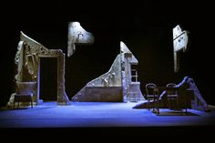 Set designed by Bek Palmer. Stage Set Design, Set Design Theatre, Dark Fantasy Art, Theater, Arts Theatre, Theatre Stage, Ha Vagas, Bühnen Design, Scenography Theatre