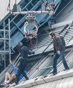UPDATE 2: First Look At 'Black Panther' & 'Winter Soldier' On CAPTAIN AMERICA: CIVIL WAR Set