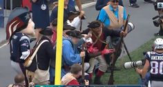 Patriots RB LeGarrette Blount Posing For A Picture WIth The 'Endzone Militia' Is The Best TD Celebration Of The Day - https://viralfeels.com/patriots-rb-legarrette-blount-posing-for-a-picture-with-the-endzone-militia-is-the-best-td-celebration-of-the-day/