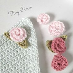 pieni virkattu ruusu, tiny crochet rose pattern, virkatun ruusun ohje, virkattu lehti