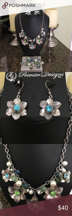 Statement necklace set Sparkly flower and bead statement necklace. Earrings and bracelet. Great for summer casual or dressy occasions. Premier Designs Jewelry Necklaces