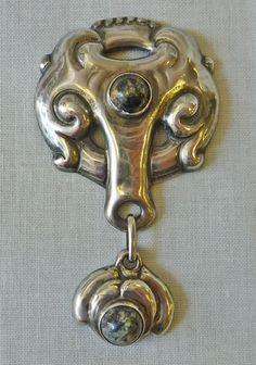 Grann and Laglye Skonvirke silver and agate brooch, c. 1910.