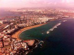 #LasCanteras beach this morning #OceanSide #SurfSchool #LasPalmas #GranCanaria #CanaryIslands #Surf