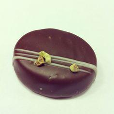 Emeraude, a favorite amongst us #milkchocolate #biscuit #crunchy #lemon #chocolate #christmascollection #daskalides
