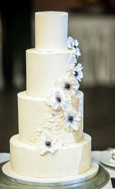 wedding cake by Marangona | buttercream cake with sugarflower | www.marangona.hu