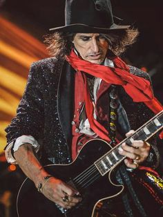 The Best of Aerosmith. Steven Tyler, Rock And Roll Bands, Rock N Roll, Rock Bands, Aerosmith, Music Is Life, My Music, Music Stuff, Happy Birthday Joe