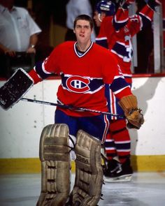 Patrick Roy Montreal Canadiens, Hockey Games, Ice Hockey, Quebec, Patrick Roy, Nhl Players, National Hockey League, Ol, Legends