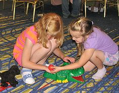 Great list of games you don't have to 'see' to play with, for blind/visually impaired kids/adults, or for those with a hands-on learning style.