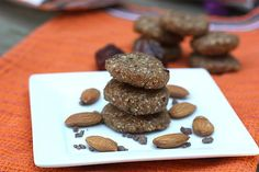 These no-bake almond cookies may be small, but they make up for their size in the flavor department. They're all natural, have only five ingredients, and have no added sugar. Source: OnSugar user eatingbirdfood