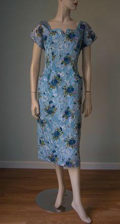 8da84fda07f9 1950s Floral Scarf Print Pencil Hourglass Day Dress // Neckline Details //  Medium // Aqua Violet Lavender