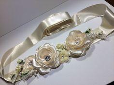 95 LEI | Rochii handmade | Cumpara online cu livrare nationala, din Botosani. Mai multe Imbracaminte in magazinul handmade.miha pe Breslo.