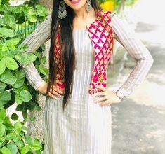 Designer Party Wear Dresses, Kurti Designs Party Wear, Indian Designer Outfits, Dress Neck Designs, Designs For Dresses, Sleeve Designs, Blouse Designs, Simple Kurti Designs, Kurta Designs Women