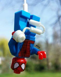 Happy Friday!  #lego #minifigure #minifigures #minifigs #legomania #legostagram #instalego #instagramlego #legonerd #legolife #legofan #legopics #legopic #legophotography #legophotograph #legophotographer #legographer #legography #brickcentral #bricksonearth #legobricklover#marvel #marveluniverse #marvelcomics#SpiderMan @lego  @marvel by yasin_yt