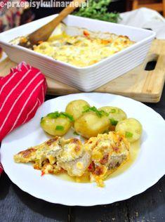 Przepis na smaczny bezmięsny obiad, czyli filety rybne zapiekane z warzywami pod serowo-śmietanową kołderką. Potato Salad, Potatoes, Ethnic Recipes, Food, Potato, Essen, Meals, Yemek, Eten