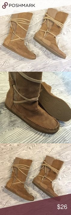 Sanuk Moccasin Boots Tie up moccasin boots by Sanuk. These have been loved but it only gives them character 💕 pictures show wear accurately. Offers welcome! Sanuk Shoes Moccasins