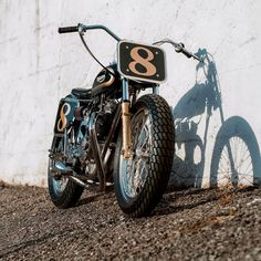 Cafe racers, scramblers, street trackers, vintage bikes and much more. The best garage for special motorcycles and cafe racers. Triumph Cafe Racer, Triumph Scrambler, Triumph Motorcycles, Cafe Racers, Black Harley Davidson, Harley Davidson Street Glide, Harley Davidson Bikes, Motos Bobber, Bobber Bikes