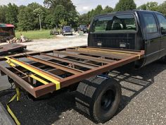 Cm Truck Bed Install On Model Chevrolet Our Fabricators Flatbed Truck Beds, Rv Truck, Truck Mods, Chevy Trucks, Pickup Trucks, Custom Truck Flatbeds, Custom Flatbed, Flat Deck Ideas, Decked Truck Bed