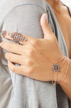 Lover's Lace Hand Chain