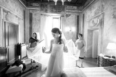 Lake MAggiore Wedding story the wedding gown
