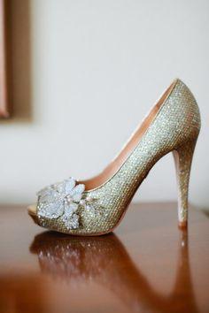 Sparkly Bagdley Mischka wedding shoes