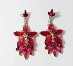 Red and Fuchsia Czech Glass Dangling Flower Pierced Earrings