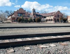 The historic La Castaneda Hotel in Las Vegas, N.M., may soon get a new owner who has already restored another one of the classic Fred Harvey...