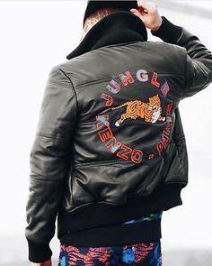 c5e5d4a8 Kenzo x H&M Black Leather Jacket - Tiger Appliqués - Size M / Medium,  LEDERJACKE