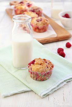 Frambozen muffins met witte chocolade