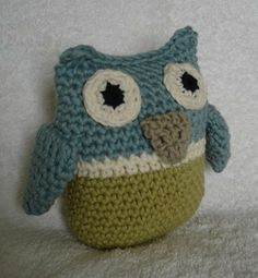 Owl Crochet Pattern@Ashley Feit... you can tell me to stop pinning owls, if you are tired of them.. they are just cute