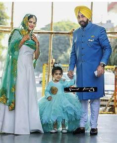 Pin by shayaristatus on punjabi couple pics in 2019 Designer Punjabi Suits, Indian Designer Wear, Couple Shoot, Couple Pictures, Bridal Suits Punjabi, Daughter Love Quotes, Punjabi Couple, Designer Party Wear Dresses, Wedding Shoot