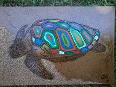 'Tartaruga' Pirografia, giz pastel oleoso, areia, verniz sobre mdf.