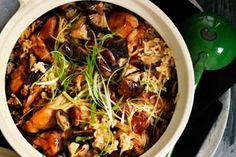 Clay-pot chicken rice