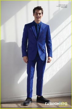 Dylan O'Brien Suits Up For 'Fashionisto' (Exclusive) | coperchio dylan obrien fashionisto 01 - Photo Gallery | Just Jared Jr.