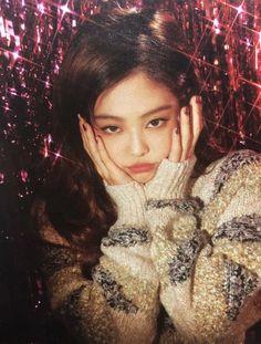 blackpink y jennie imagen en We Heart It Kpop Girl Groups, Korean Girl Groups, Kpop Girls, Blackpink Jennie, Yg Entertainment, K Pop, Rapper, Kim Jisoo, Poses